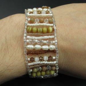 Jewelry - Vintage 8 Inch Beaded & Genuine Pearls Bracelet